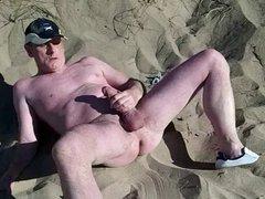 exhibitionist scottish vidz showing on  super beach