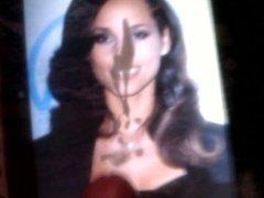 Cum on vidz beautiful face  super Alicia Keys