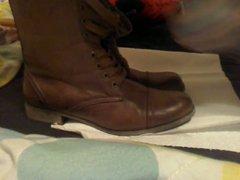 Cum for vidz my roommate's  super boots