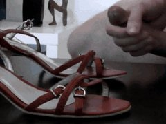 I'm masturbating vidz on my  super wife's high heels