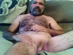 Hairy Bearded vidz Daddy Showing  super Off For The Camera