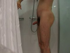 Jerk in vidz hotel shower