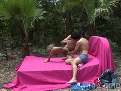Outdoor wanking vidz growing into  super a steamy gay session