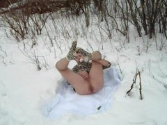 asshole feeling vidz good while  super playin' in the snow......