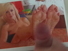 Cum Tribute vidz to Mona  super Lisa's Sexy Mature and Wrinkled Feet