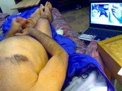 masturbating on vidz bed