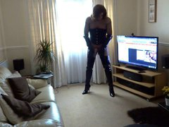 Alison Thighbootboy vidz in fishnet  super and thigh boots