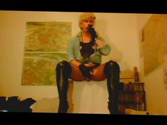 Madame Crudelitas vidz in boots  super and fishnet tights