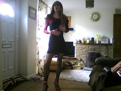 Crossdresser in vidz sexy black  super dress