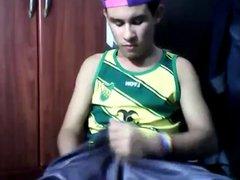 Teenboy sagging vidz in shiny  super shorts