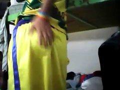 Teenboy sagging vidz in shiny  super yellow shorts