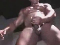 Nude male vidz strippers frot  super each other on stage!