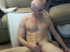 Hot bald vidz stud Calvin  super from US cums on ripped chest