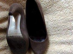 Cum on vidz my mom  super shoes 5