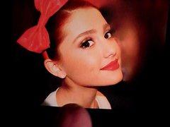 Ariana Grande's vidz Cumshower #1
