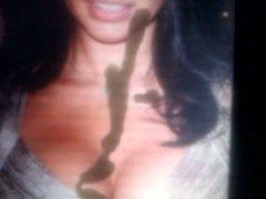 Adriana Lima vidz new tribute