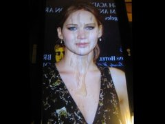 Jennifer Lawrence vidz - The  super Cummer Games
