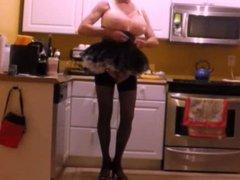 20140317 kitchen vidz leopard corset