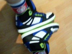 jerking with vidz my DC  super sneakers