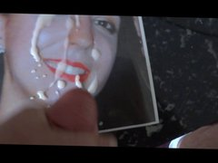 Red lips vidz and white  super cum