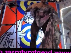 Jesus Christ vidz Jasper Johns  super Penis Paint Performance 03