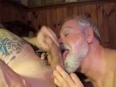 Polarbear Daddy vidz Sucks &  super Licks Balls & Eats Cum