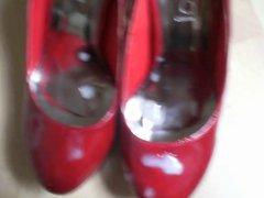 Cum on vidz red Heels