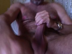 italian mature vidz hairy man's  super cumshot