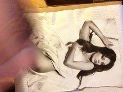 Mila Kunis vidz cum tribute