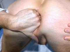 Playing with vidz my clear  super buttplug....