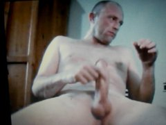 hot dad vidz with massive  super thick cock cums a heavy load on cam