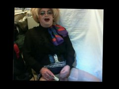 Gorgeous mature vidz drag playing  super and cumming