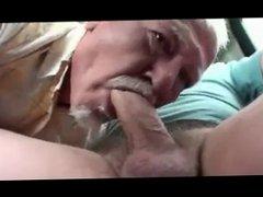Old Man vidz Sucking Cock  super in Car