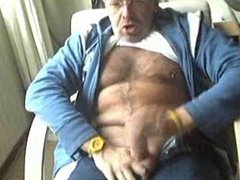 Dady cumming vidz with poppers
