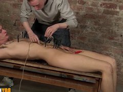 Kinky Ashton vidz arrives to  super play with pegs