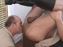 Cops and vidz their erections