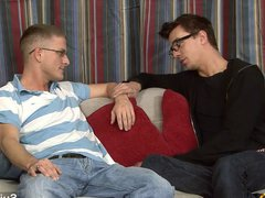 Married guy vidz in glasses  super gets fucked well