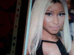 Nicki Minaj vidz 2nd tribute
