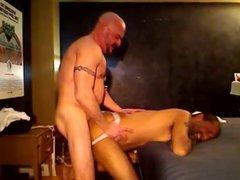 Daddy Fucks vidz Bareback and  super Creams His Ass
