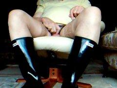 Lacy hold vidz up stockings  super and shiny black Huntress Wellingtons