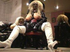 Roxina White vidz Bootz Doll  super X