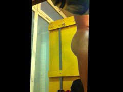 Spying Hot vidz Guy in  super Swimming Pool Changing Room