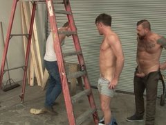 Rocco Steele vidz Fucks Lance  super Hart in a Mechanic Shop