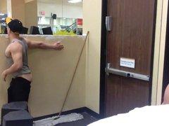 Flashing in vidz Public Gym  super with cumshot