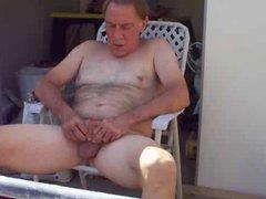Dad masturbate vidz at balcony