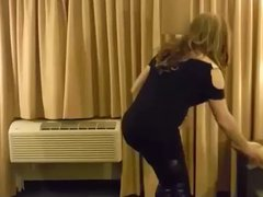 Crossdresser Strip-Tease vidz in corset