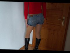 DWT - vidz Trap -  super TV Nutte - Hotpants - Beine - Boots - Stiefel