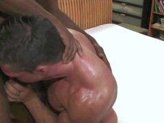 BBC impales vidz white bodybuilder