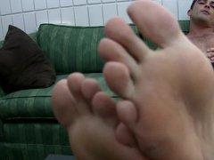 Slave to vidz a Foot  super God