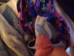 Cumming in vidz my NOT  super sister's dirty panties from the laundry